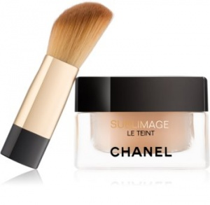 Chanel Sublimage Le Teint Ultrawear Flawless Compact Foundation
